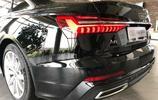 全新奧迪A6依舊驚豔萬分,內飾科技感十足,國產也快了