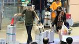 賀軍翔相戀13年的妻子機場被拍,網友:怪不得不曝光,這是馬蓉?