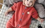 帶寶寶出門別用包被了!試試這些連體服吧!換尿布超級方便