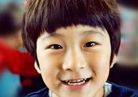 張亮兒子晒生活近照,11歲天天大變樣,與張亮似複製粘貼