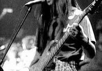 搖滾樂,貝斯被其他樂器聲覆蓋了聽不到聲音,如果搖滾沒有貝斯會是什麼樣的?