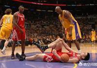 姚明被科比撞傷時,奧多姆作為對手停住腳步關心姚明,怎麼評價奧多姆的為人?