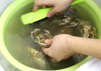 牡蠣(生蠔)別再蒸著吃了,這樣做更有味,一口一個吃不夠