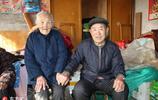 山東108歲老太五世同堂,耳聰目明最愛數錢和吃肉