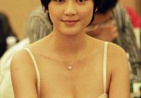 17歲被劉德華看中出道,被成龍賞識力捧,27歲時嫁大16歲老公