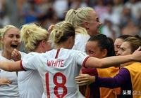 裡外不討好!世界盃英格蘭3:0喀麥隆,中國主裁判卻惹來爭議