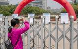 用鏡頭記錄南京高考
