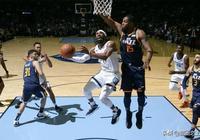 """NBA再出一個""""兄弟""""組合,起因竟然是一次賽場受傷"""