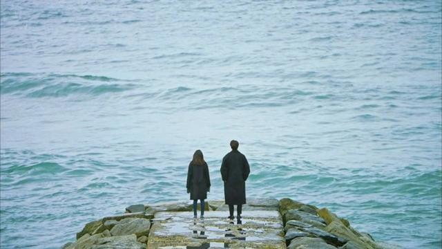 九言 | 如果命運是一條孤獨的河流,誰會是你的靈魂擺渡人?