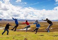 去西藏旅行的正確拍照姿勢you jump i jump