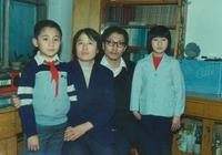劉燁晒全家福,少時濃眉大眼顏值高像媽媽,和如今的諾一超像