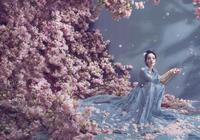楊冪拍攝時尚大片,延續十里桃花的美麗浪漫