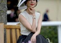 林志玲婚後首次現身,盛裝出席,靠穿搭她還能時尚多久?