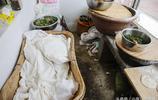 山東農村大姐好手藝做的稀罕物賣1元,一天做上千個賣1000多元
