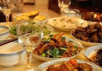 過年難免剩飯剩菜多,這6種隔夜菜傷身體,真的別再吃了!