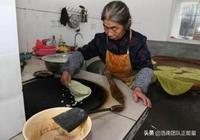 """老奶奶在家做""""祖傳美味"""",沒有小吃攤,外地人開車排隊買"""