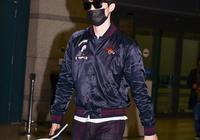 李棟旭結束香港行程返韓 黑墨鏡口罩蓋不住發光皮膚