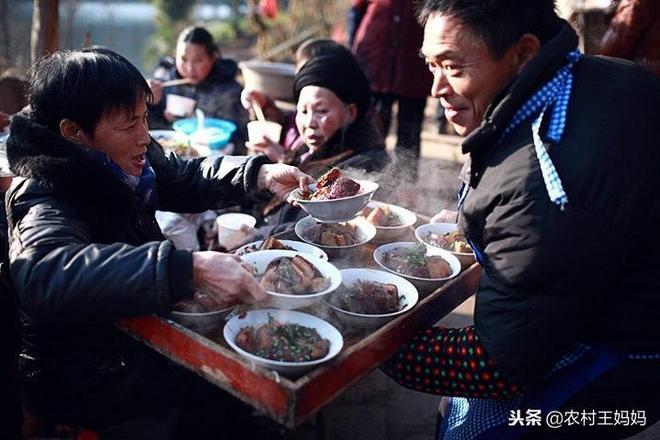 農村酒席不衛生嗎?這飯菜程度比城裡絲毫不差!城裡人一定吃不到