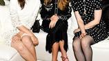 因出演五十度灰出名的貝拉·希思科特穿波點連衣裙出席紐約時裝週