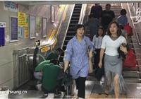 合肥飛鳳街地下通道電梯停運十多天 管理部門稱正大修