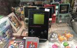曼谷夜市裡古董遊戲機、動漫手辦全都有!宅男想淘寶,去這準沒錯