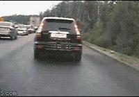 交通安全——10張車禍現場動圖,每一張都觸目驚心!