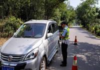 """勐臘交警大隊加強""""商洽會""""期間道路交通管理工作"""