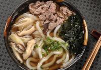 日本麵食PK中國麵食,做了對比之後,中國吃貨:誰輸誰贏一目瞭然