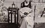 老照片帶你看看清朝的女子長什麼樣:大氣端莊,別有韻味!