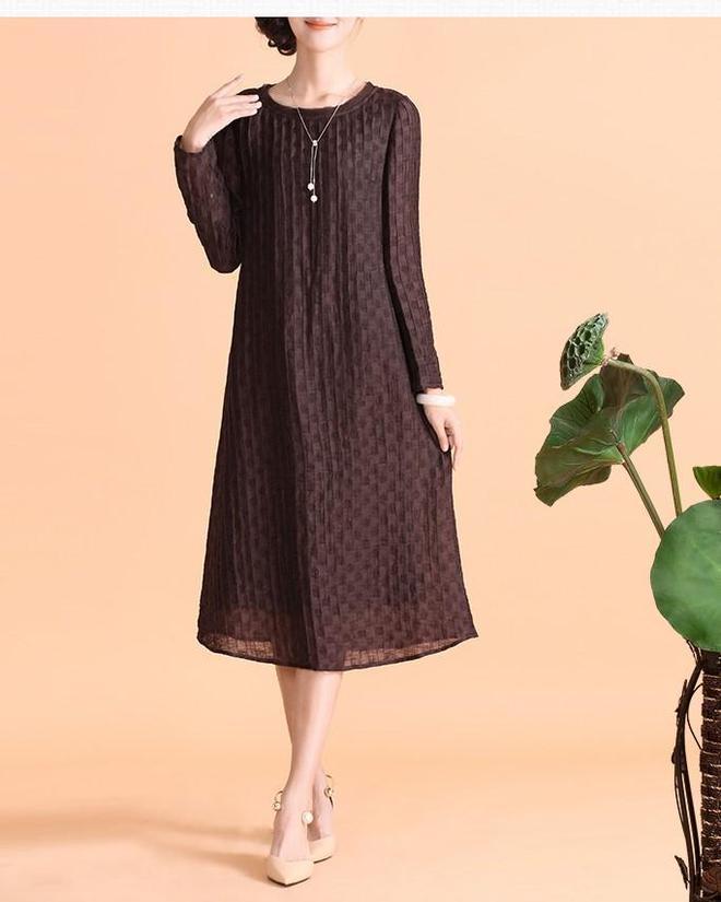 這樣一條誰穿誰瘦,穿上的美翻天的連衣裙,你不愛嗎?