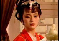 薛寶釵為何搬出大觀園?因為除了賈探春以外,還有2人攆過她!