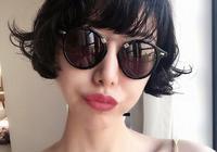 李亞鵬小16歲女友晒美照,穿露腰裙身材曼妙,氣質完全不輸王菲