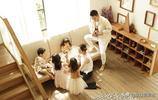 陳浩民晒全家福,5年生4娃好幸福,大女像蔣麗莎翻版