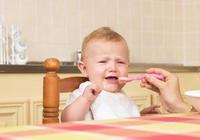"""父母警惕!不想讓孩子積食,3種""""垃圾食品"""",家長別讓他吃"""
