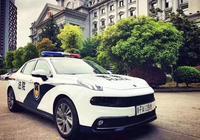領克版警車出現了,有人表示為啥不用國產,難道領克不是國產?