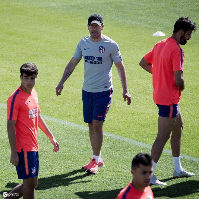 歐洲冠軍聯賽獎盃抵達西班牙首都馬德里