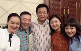 朱軍金龜子鞠萍一起來退休的董浩家裡做客,大家歡聚一堂