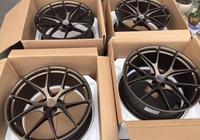 美國高端改裝輪轂品牌HRE實拍奧迪RS7裝車圖