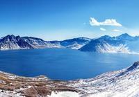 湖北這個山 山頂有個湖還有個草原 是一個著名女人她外婆的故鄉