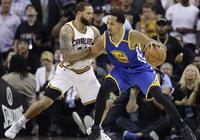 利文斯頓:這不是籃球比賽
