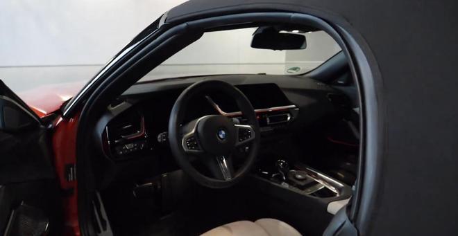19款歐版寶馬Z4 sDrive30i到店實拍,顏值不輸新3系