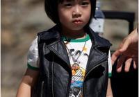 李嫣比田雨橙大兩歲,卻像成熟了20年,單親孩子早當家?