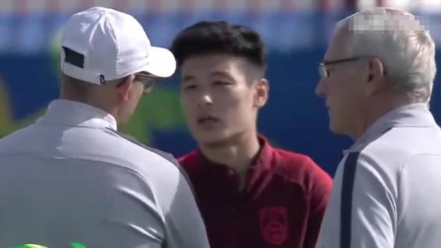 亞洲盃次戰:為了武磊能夠上場國足管理層最新1決定必須點贊!