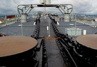 海水太深,軍艦錨鏈不夠長怎麼辦?看看美國航母是怎麼解決的