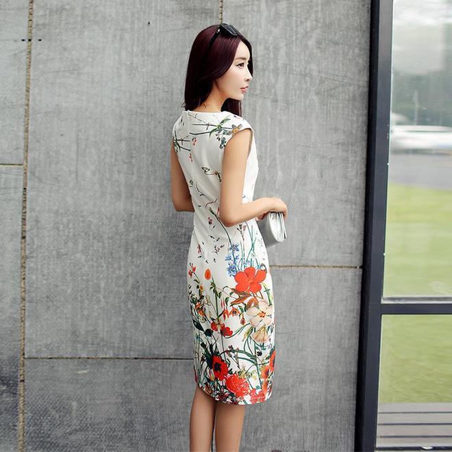 新款收腰顯瘦雪紡印花連衣裙,隨便一條都能讓你改變氣質