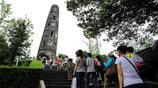 """上海有一座千年斜塔""""斜而不倒"""" 比意大利比薩斜塔還要傾斜"""