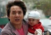 還記得成龍飾演《寶貝計劃》裡的可愛萌娃嗎如今長大的他,太帥了