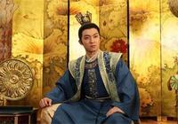 此人兩次成為皇帝,但一生活在女人控制中,後遭妻女毒害而亡!