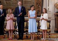 萊昂諾爾索菲亞公主又漂亮了!同穿連衣裙十分可愛,越來越有品味