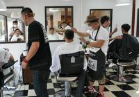 全球唯一沒有理髮店國家,人人都是土豪,理個髮還得出國
